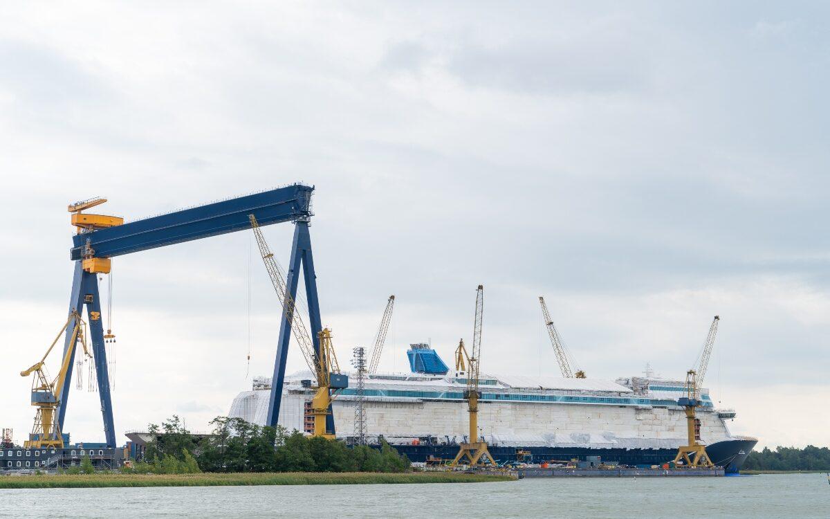 Puertos y Astilleros